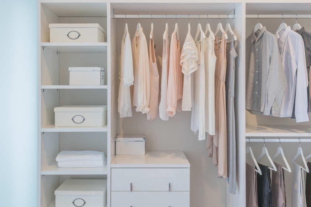 En España nos sabemos cuidar: las mejores ideas para un vestidor de lujo