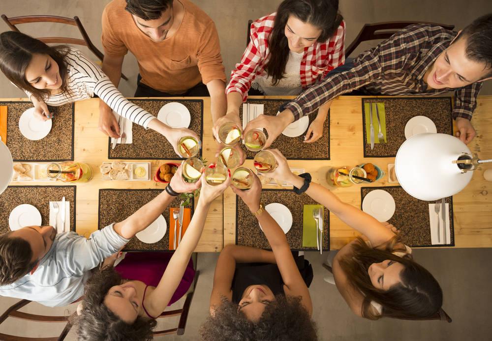 Destaca entre tus amigos organizando una cena